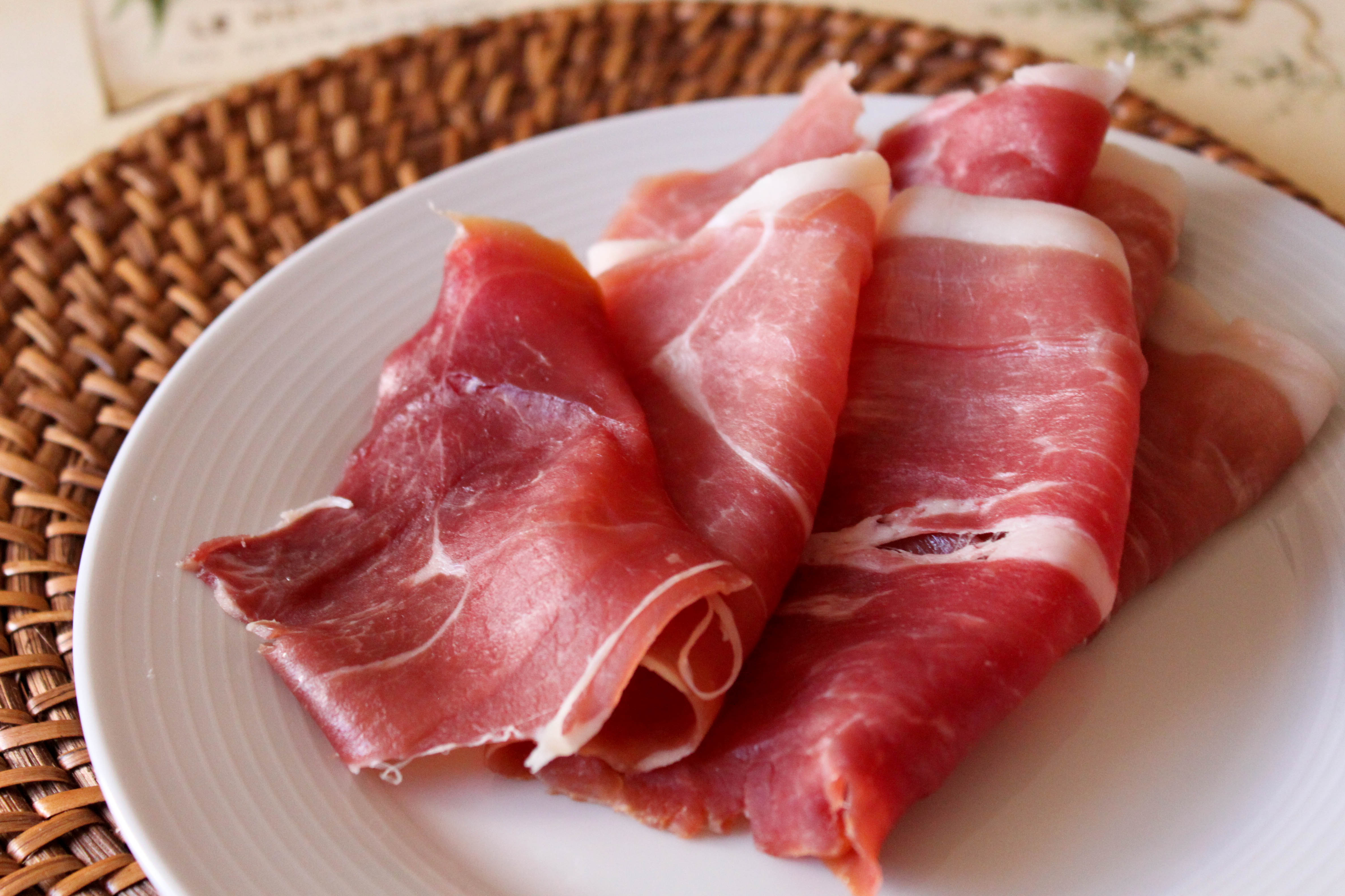 cured ham This smoked ham recipe is fabulous and adds a whole new dimension to cooked ham.