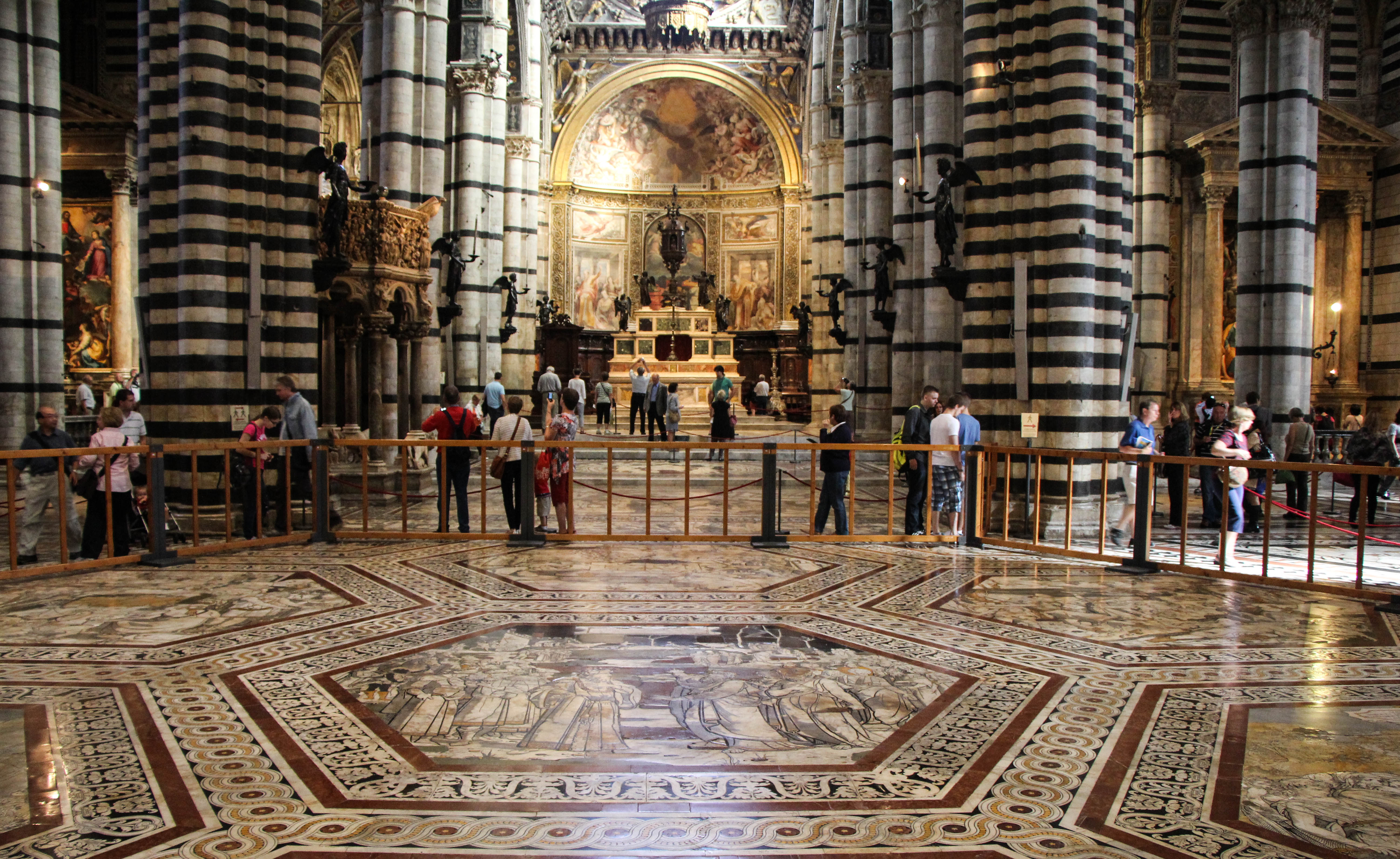 Photos From Siena Italy Cooking In Tongues