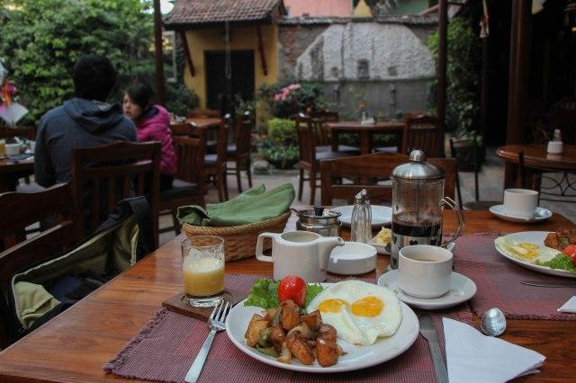 Breakfast at the Ambassador Garden Home