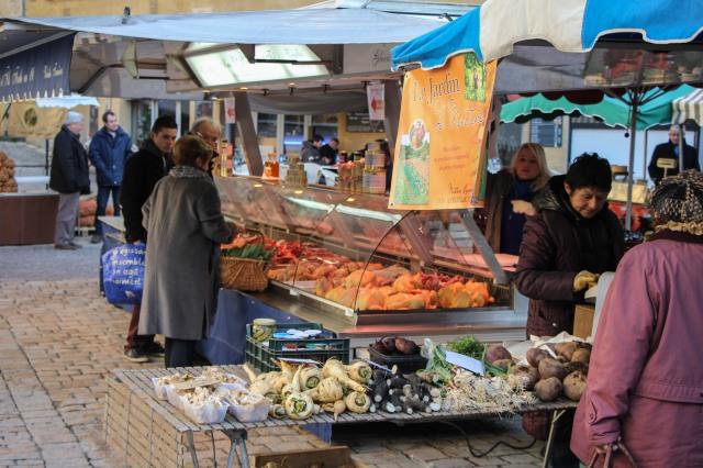 Dordogne -Sarlat Saturday Market