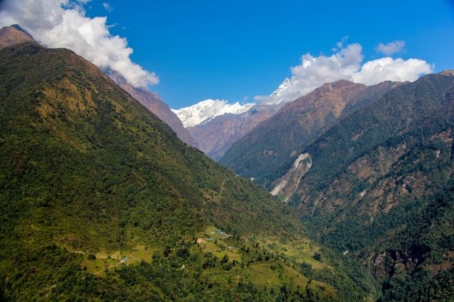 Trekking Annapurna ABC - Chuile to Chomrong (14)