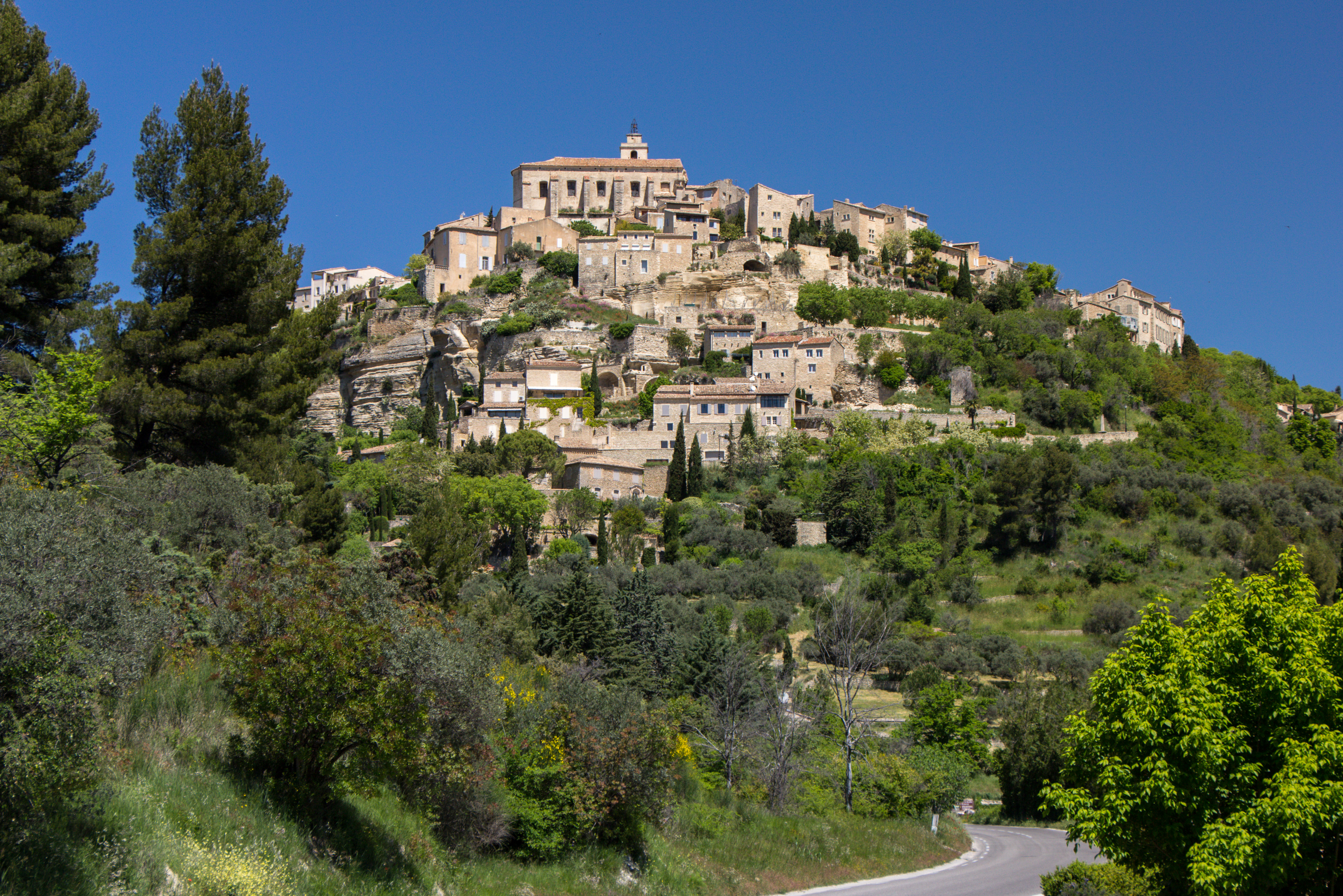 Sleeping And Dining In The Luberon Provence France