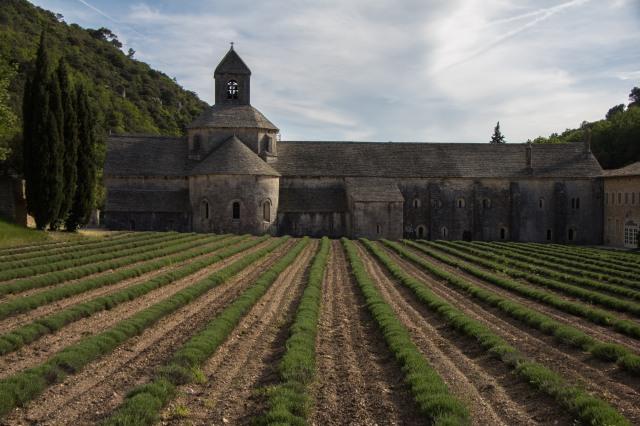 Gordes - Abbey Notre-Dame de Sénanque