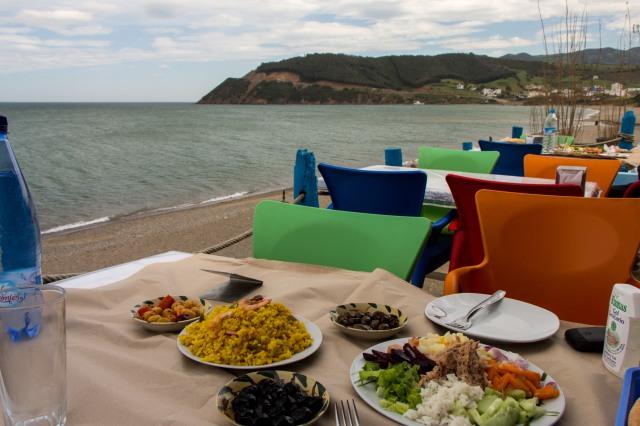 Azla - Seaside fish lunch