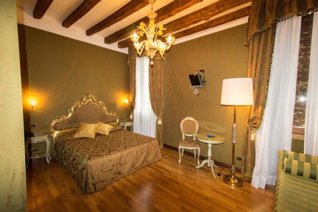 Venice - Hotel Al Ponte Mocenigo