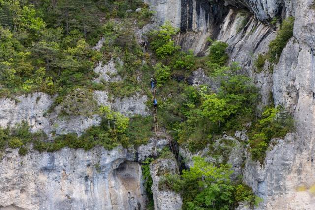 ladder down to Rocher de Cinglegros