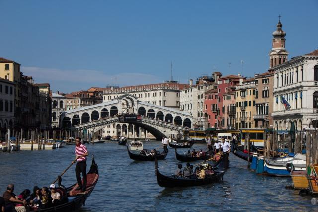 Grand Canal - Rialto Bridge