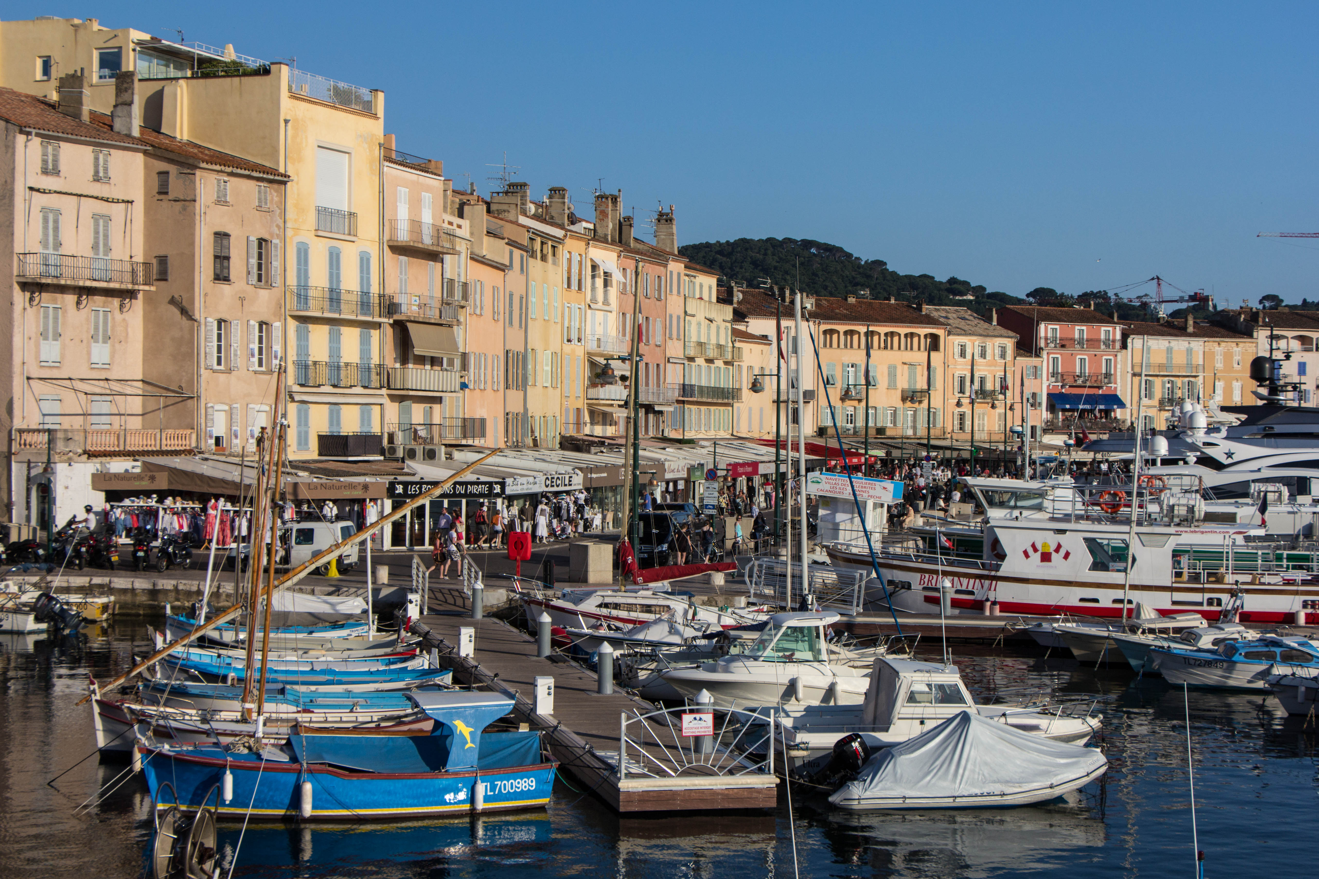 photos from st tropez france cooking in tongues. Black Bedroom Furniture Sets. Home Design Ideas