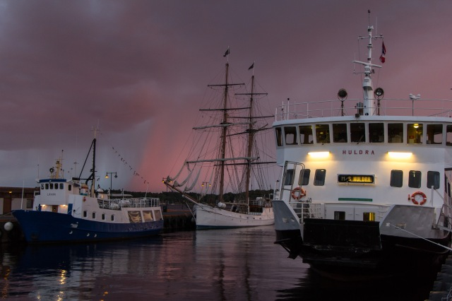 Harbor - Pink Rain