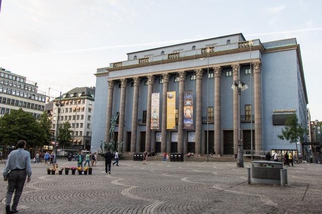 Modern City - Opera
