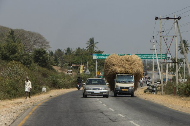 Drive from Mysore to Hassan
