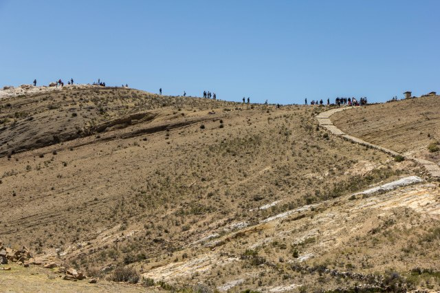 Day-trippers Heading to the Mirador