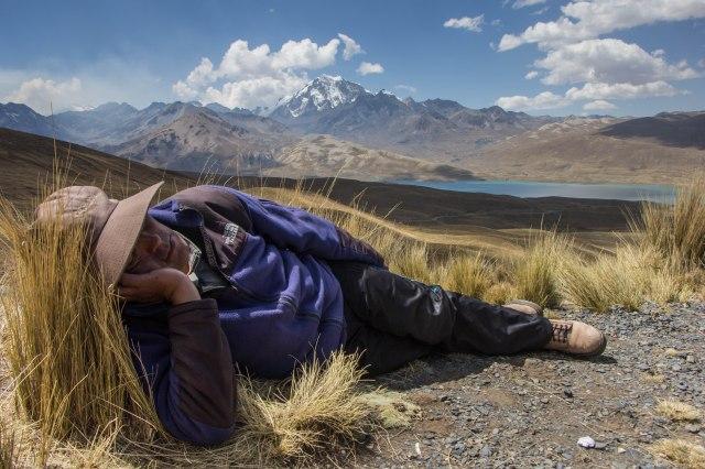 Condoriri Trek - Walk above Wata Pama Trailhead