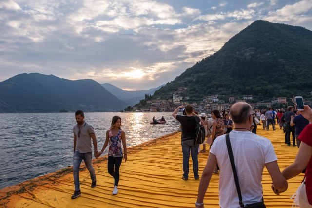 Floating Piers-1