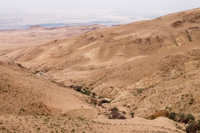 Drive from Madaba to the Dead Sea