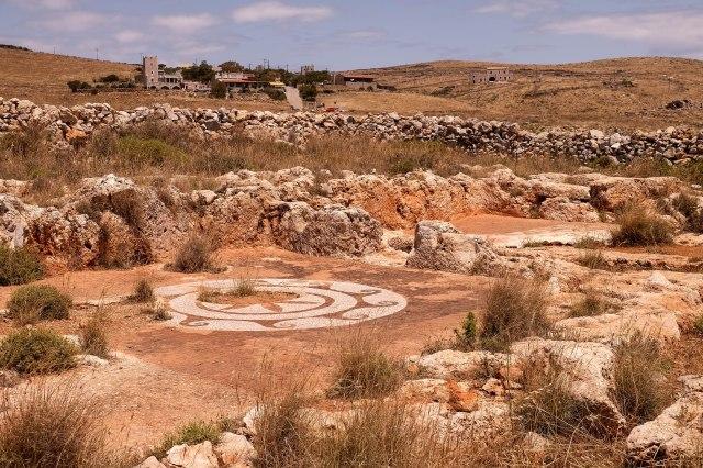 Cape Tenaro - walk to the lighthouse - Roman mosaic