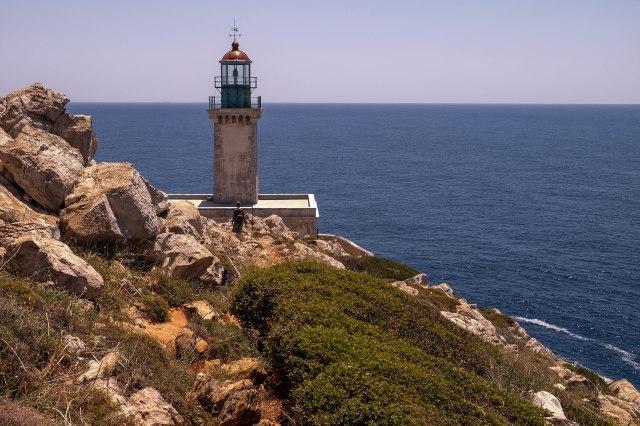 Cape Tenaro - walk to the lighthouse
