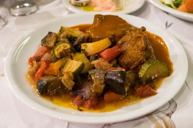 Taverna Plaka - veal in Greek tomato sauce