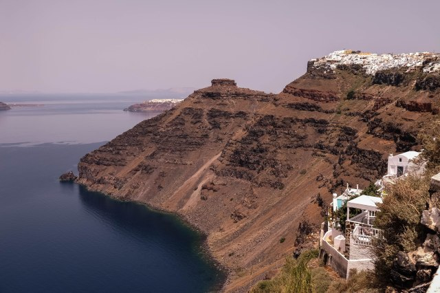 Walk from Oia to Fira - Oia in the distance