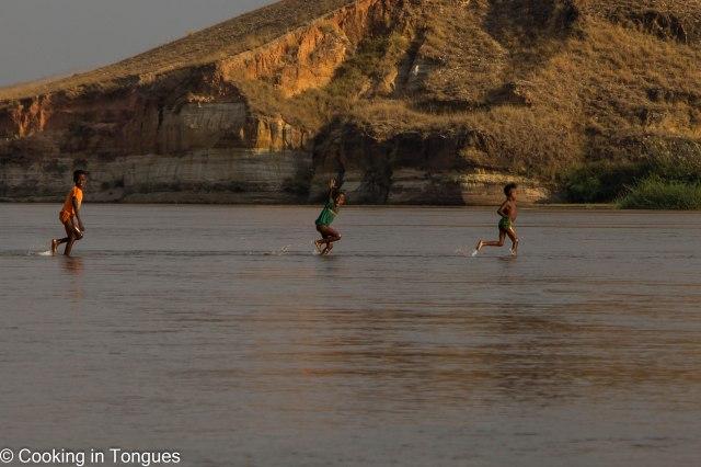 Manambolo River